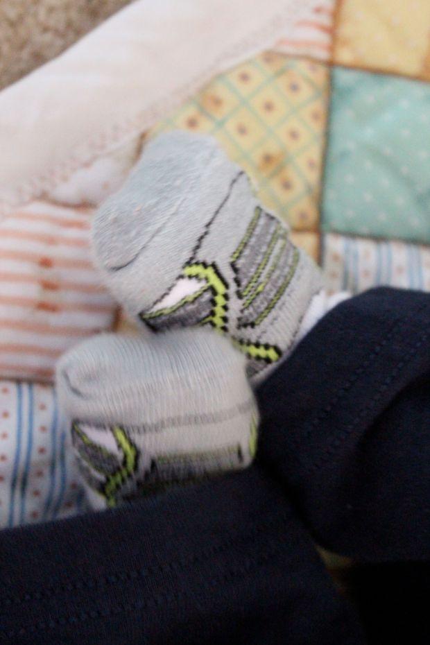 """""""Shoe"""" Socks: Home Goods"""
